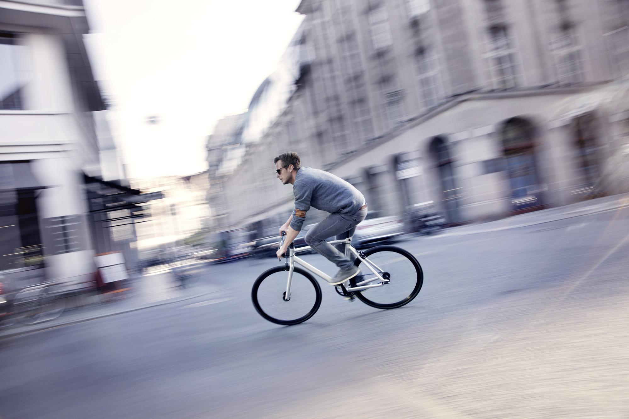 Viktor_2019_Vuk_Bikes_lifestyle__lifestyle_06