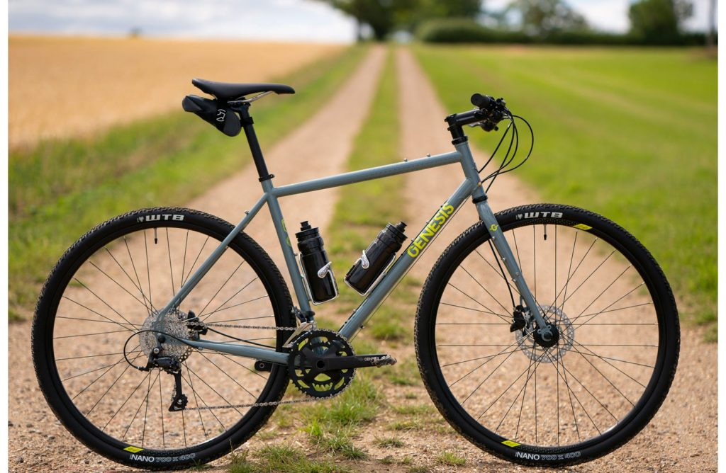 ftp_f_freewheel_imagessportlinefwbikesgn21010_lifestyle_4_vuk_bikes